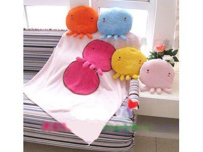 Теплое одеяльце и подушка, 2 в 1 - Человечек купить в интернет-магазине «Берегиня» Украина