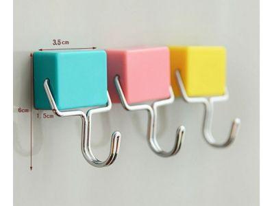 Крючок на магнитах на холодильник купить в интернет-магазине «Берегиня» Украина