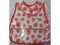 Слюнявчик с карманом - Клубнички купить в интернет-магазине «Берегиня» Украина