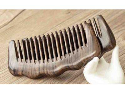 Гребень из сандалового дерева широкие зубцы купить в интернет-магазине «Берегиня» Украина