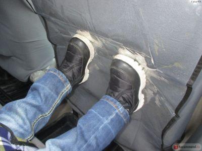 Защитный чехол на спинку переднего сиденья с карманом купить в интернет-магазине «Берегиня» Украина