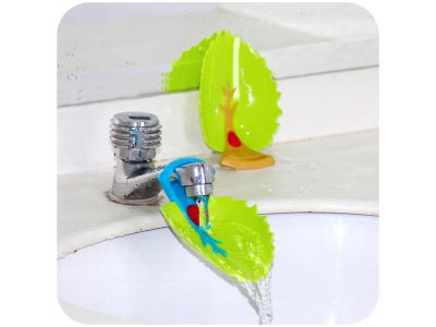 Насадка - удлинитель на водопроводный кран для детей Листик купить в интернет-магазине «Берегиня» Украина